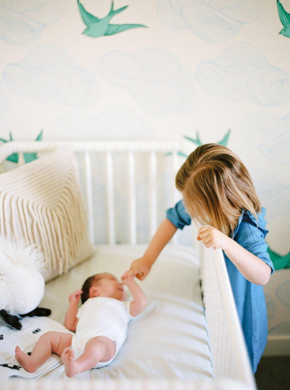 Calgary Newborn Family Photographers_0071.jpg