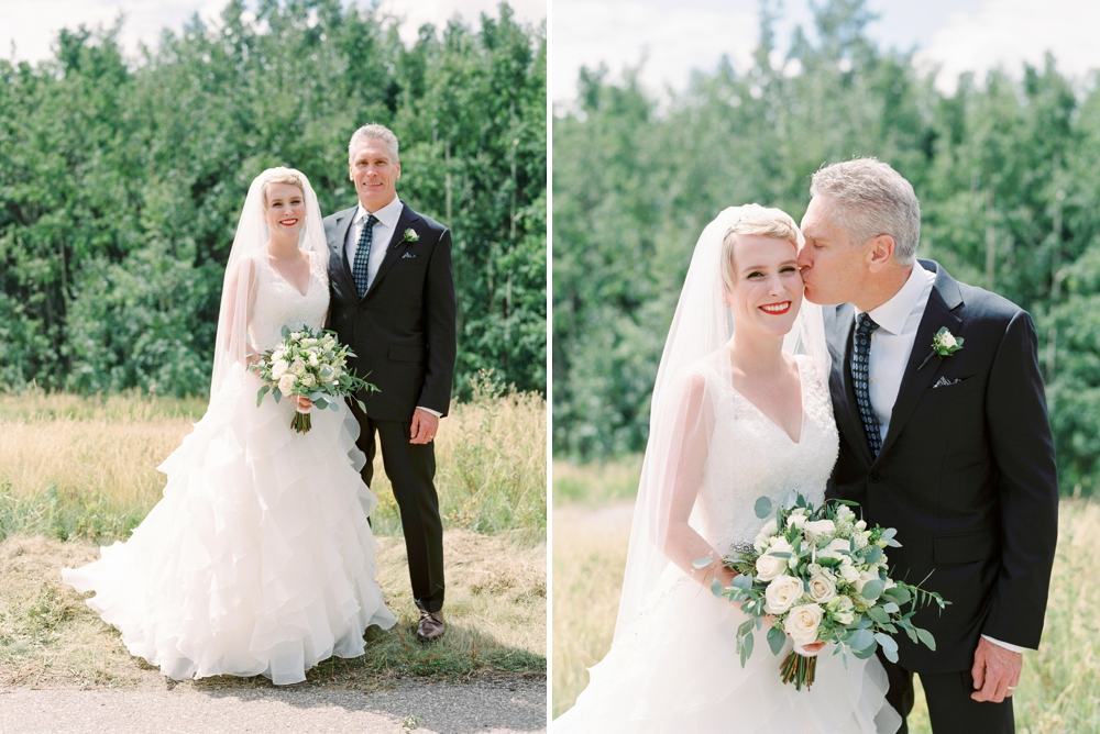 Calgary wedding photographers | The lake house wedding | Family formals | Justine Milton Photography