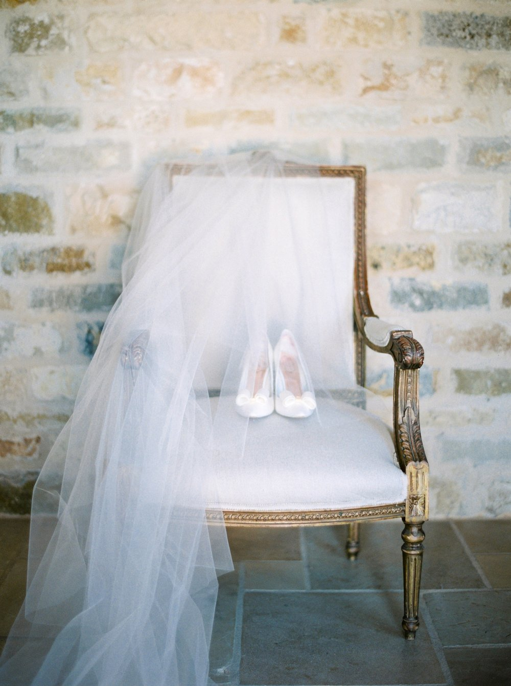 Sunstone Villa California Wedding | Justine Milton Fine Art Film Photographers | Bridal details shoes