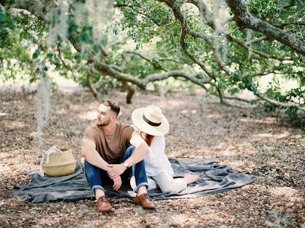 on wedding photographers | charleston anniversary | Justine Milton fine art film Photography | south carolina anniversary | fine art film photography | couples | outdoor photography