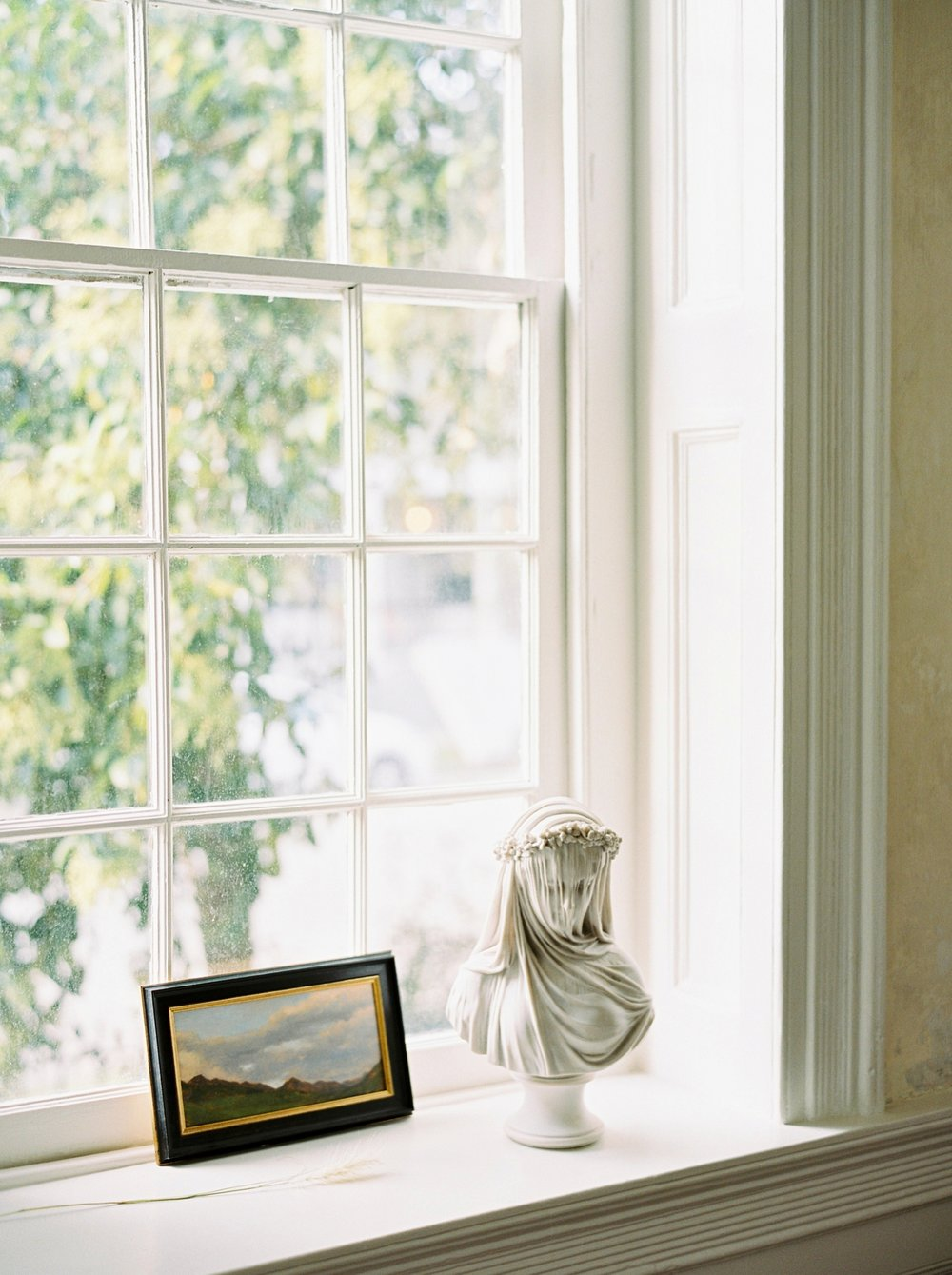 Charleston wedding photographer | anniversary session | fine art film photography | Calgary Wedding Photographers | Calgary couples photographer | Justine Milton Photography | home photography |