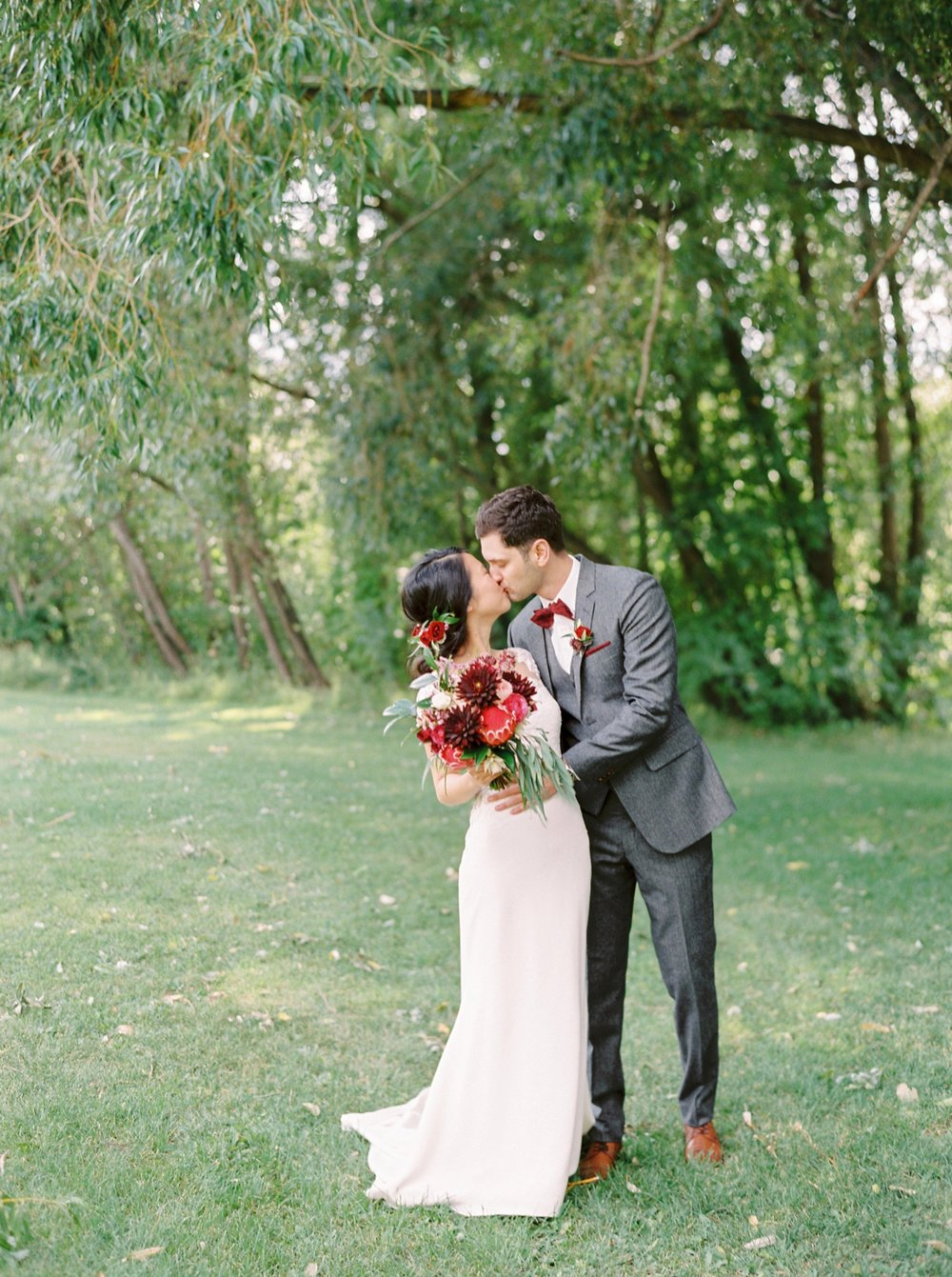 Calgary Wedding Photographers_0295.jpg