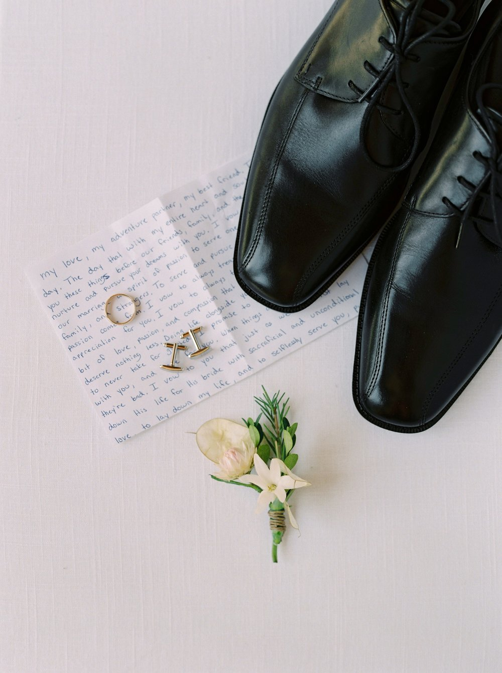 Calgary wedding photographers | georgia wedding photographers | fine art film | Justine Milton Photography | wedding details | georgia wedding | groom shoes | wedding rings
