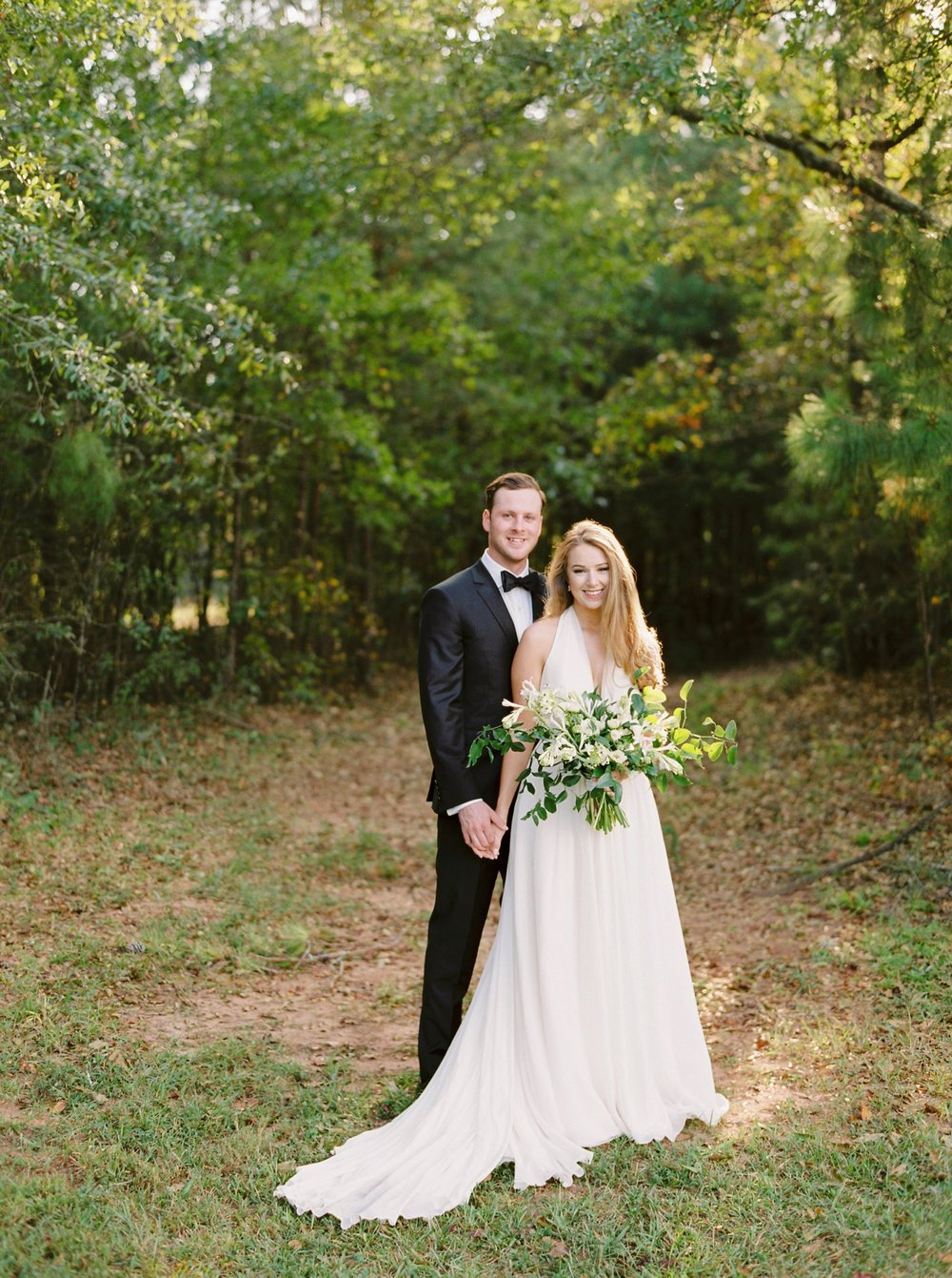 Calgary wedding photographers | georgia wedding photographers | fine art film | Justine Milton Photography | georgia wedding | wedding dress | bride and groom portraits | bouquet
