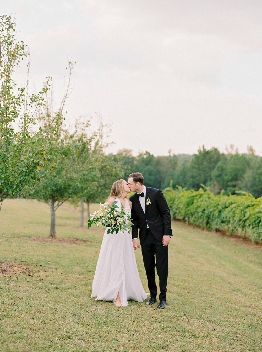 Calgary wedding photographers | georgia wedding photographers | fine art film | Justine Milton Photography | georgia wedding | bride and groom portraits | bouquet | pastel wedding inspiration