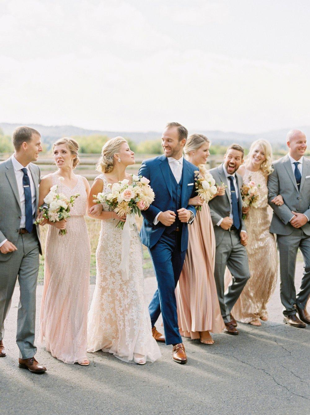 Calgary wedding photographers | oregon wedding photographers | fine art film | Justine Milton Photography | oregon wedding | bride and groom portraits | wedding party