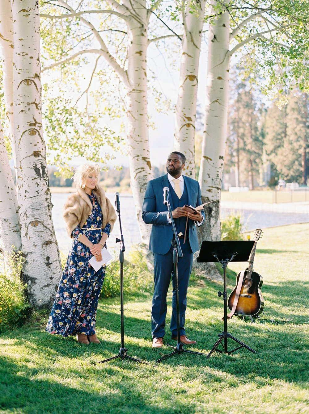 Calgary wedding photographers | oregon wedding photographers | fine art film | Justine Milton Photography | oregon wedding | wedding ceremony | wedding music
