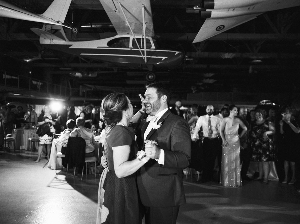 calgary wedding photographers | Ukrainian wedding | justine milton fine art photographer | black and white reception first dance