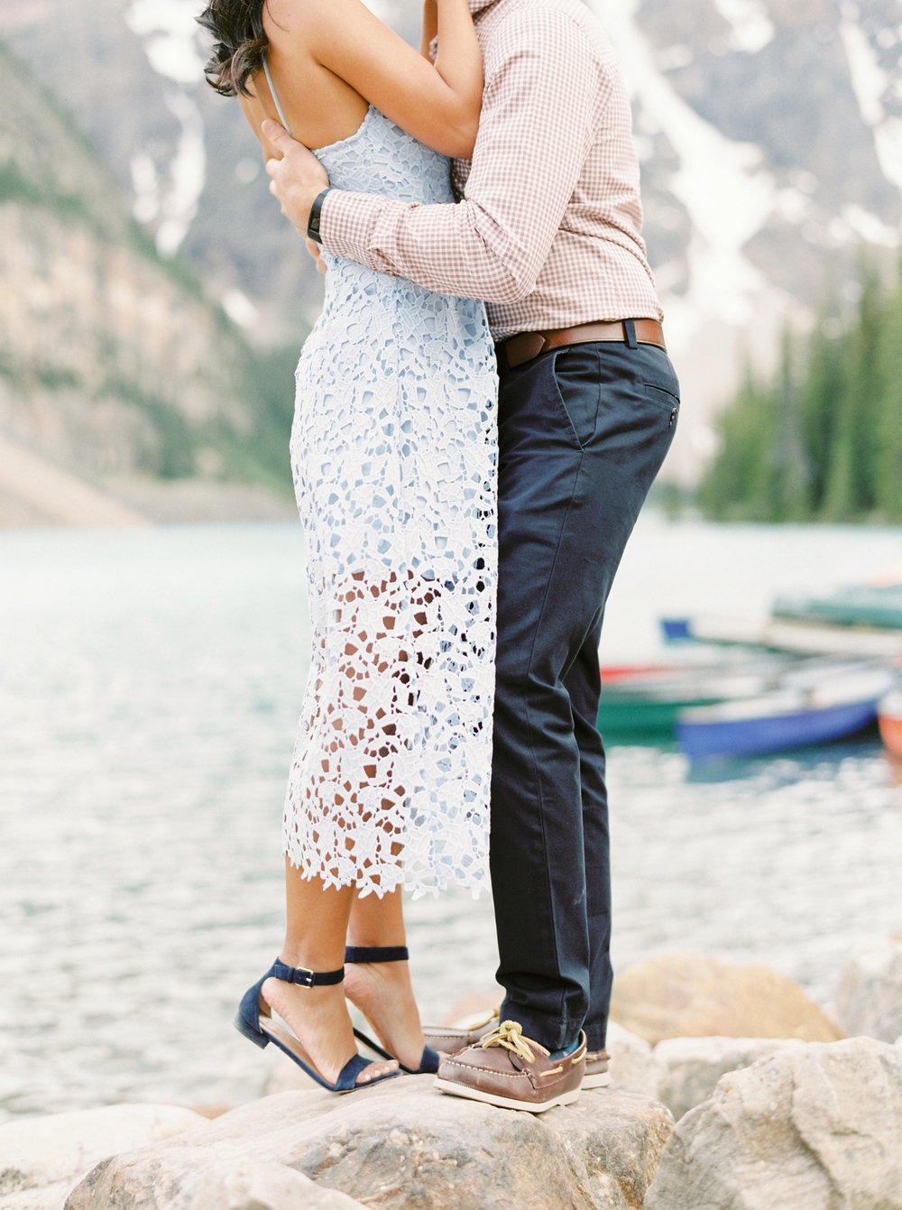 Moraine Lake Engagement Session | Banff wedding photographers | justine milton fine art photography