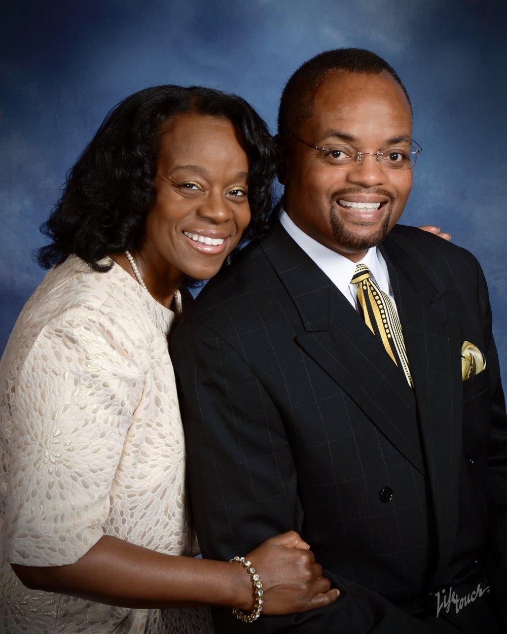 Photo Pastor & Pamela.jpg