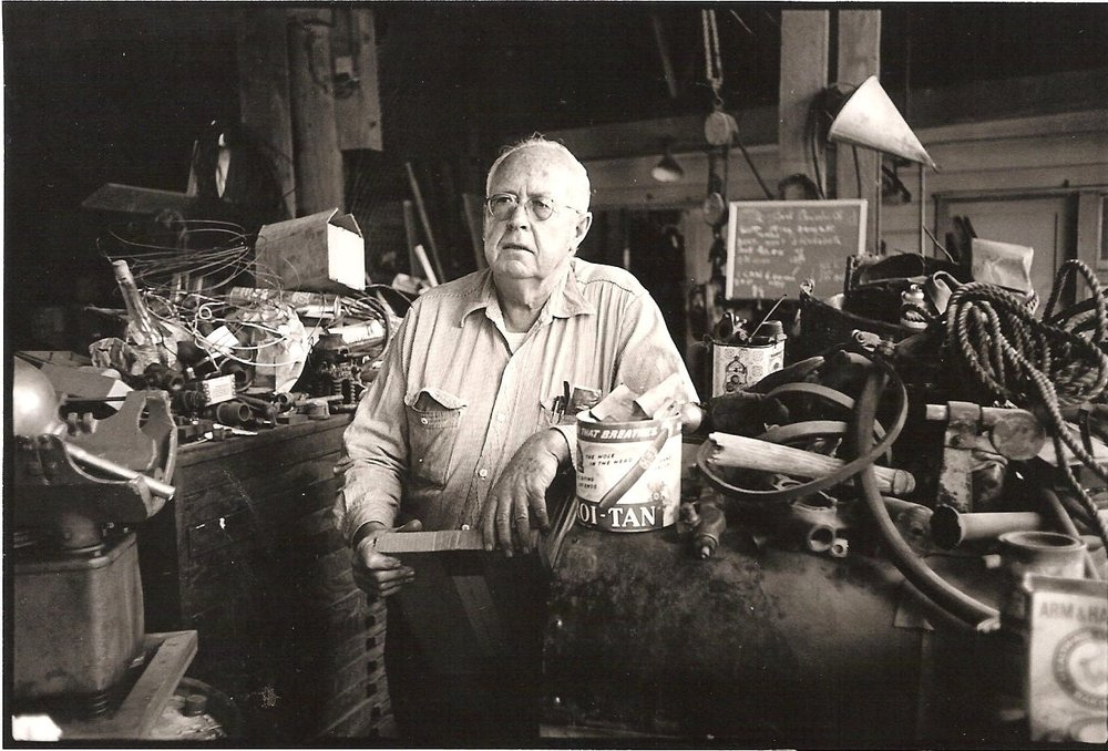Donlon Arques in his Gate 3 shop in the mid-1970s. © Bruce Forrester