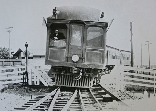 Electric trains provided innovative, and sometimes precarious, commuter service.
