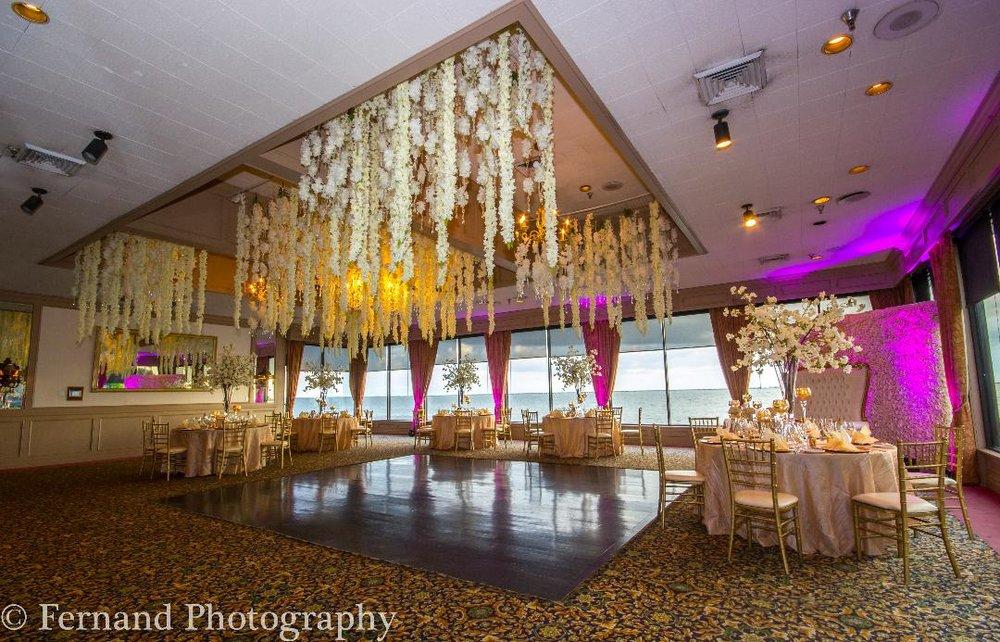 Pelican room flower ceiling.jpg