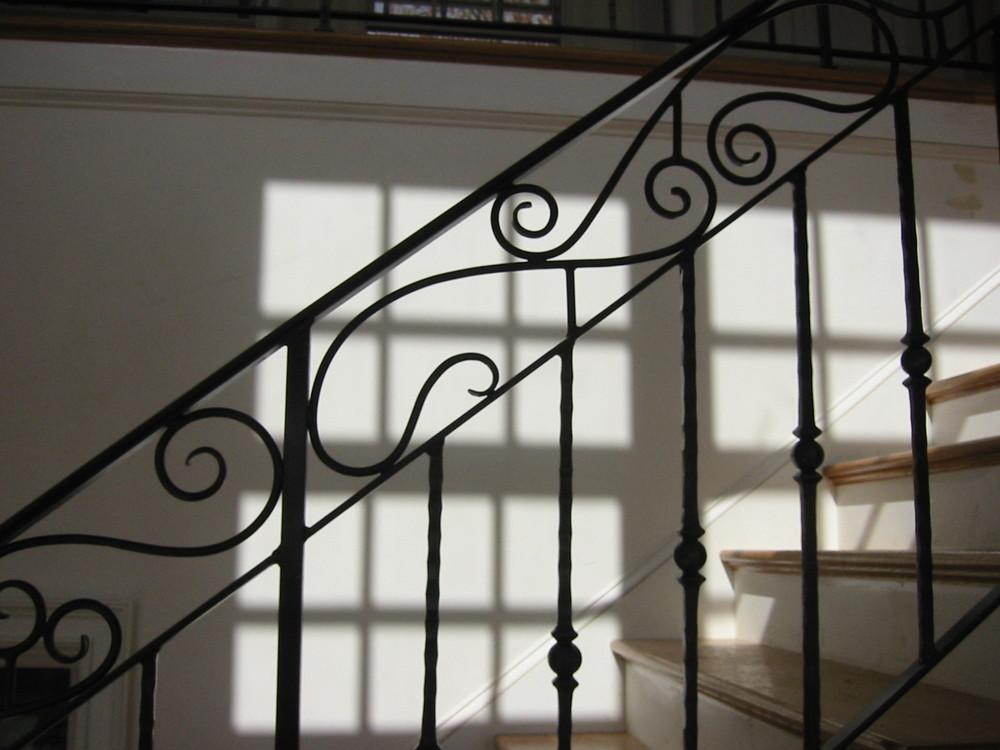 Custom interior railings