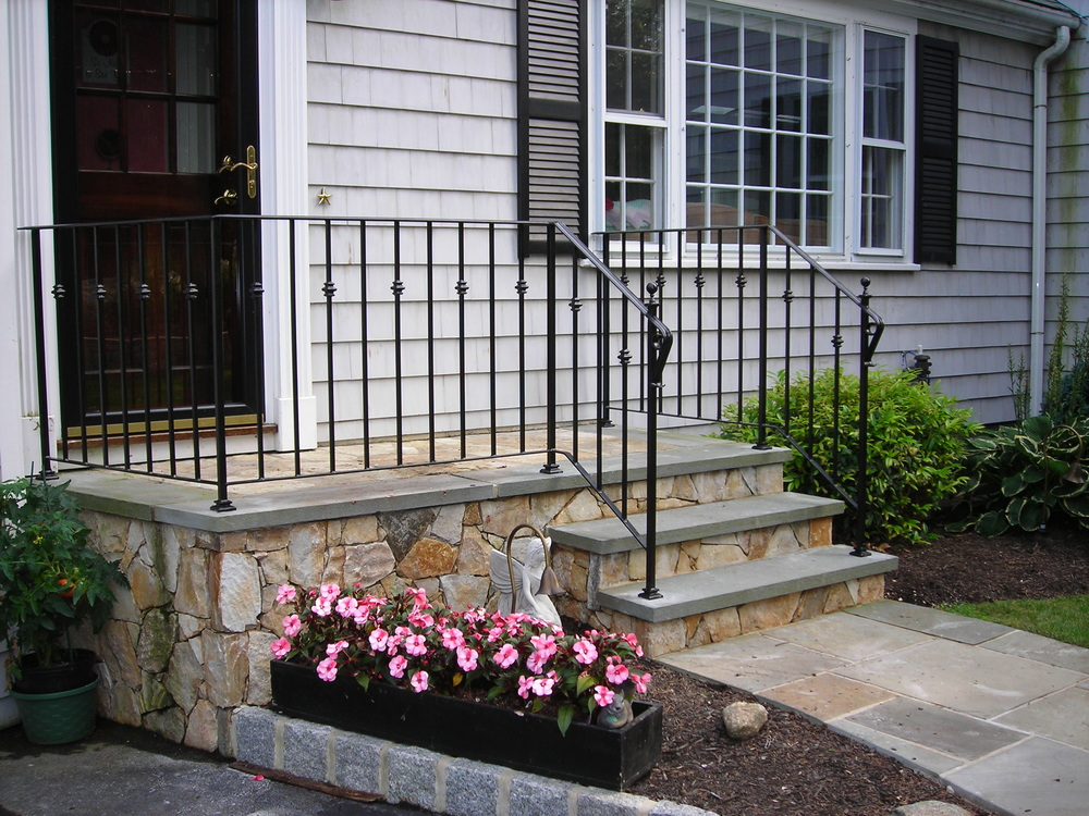Railing with cast Iron Collars, Shoes and Finial Balls