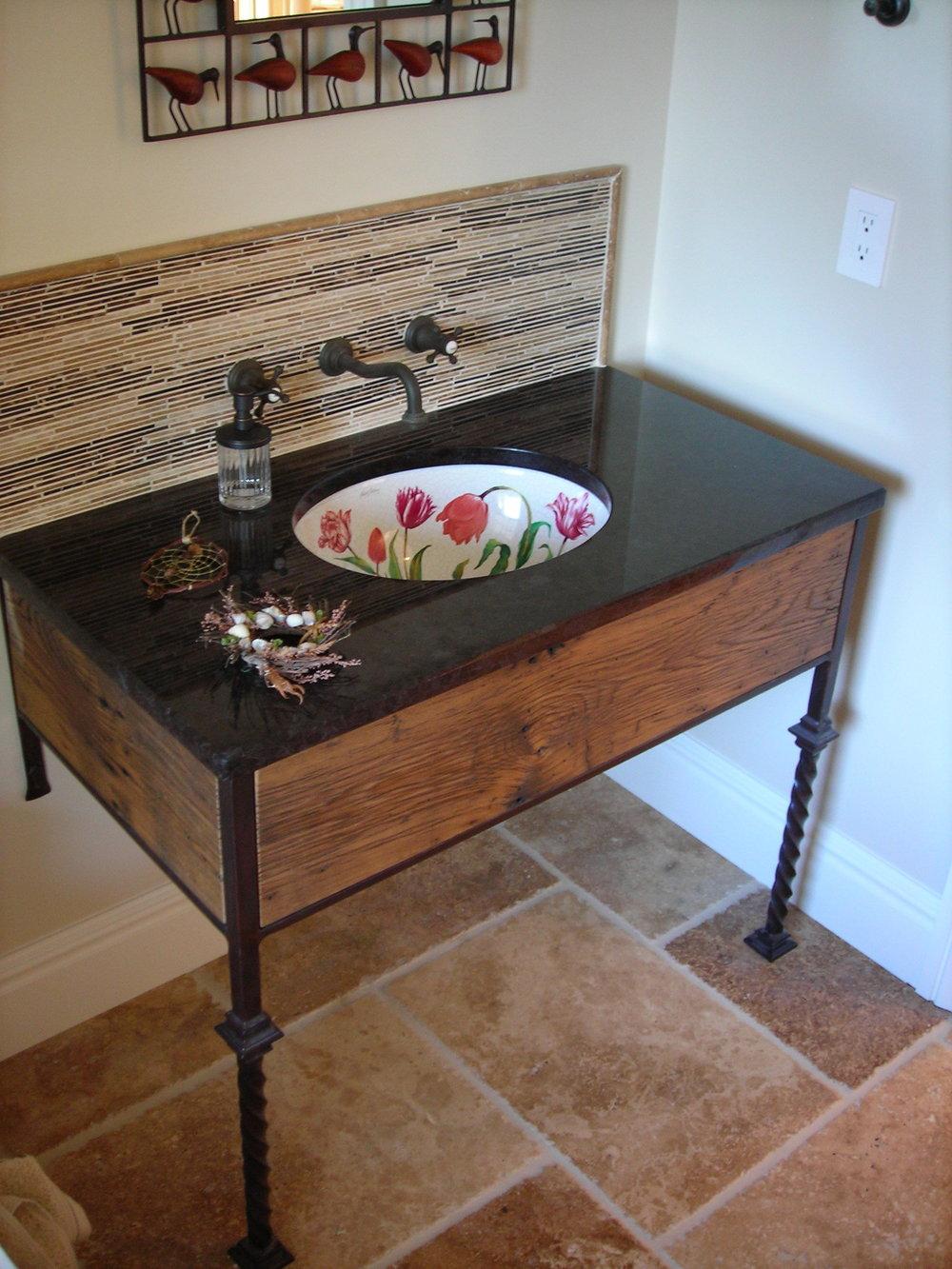 Vanity wiht Ceramic Sink