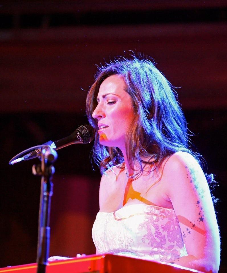 Keri Noble - In Concert