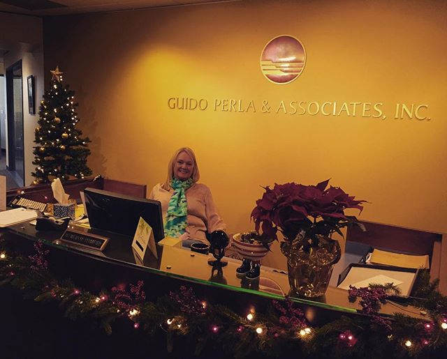 Christmas time at Seattle GPA! Swing by for a visit! 701 Fifth Ave. Suite: 1200 98104 #navalarchitecture #gpadesigns #seattle #pnw #marineengineering #christmastree #Christmas