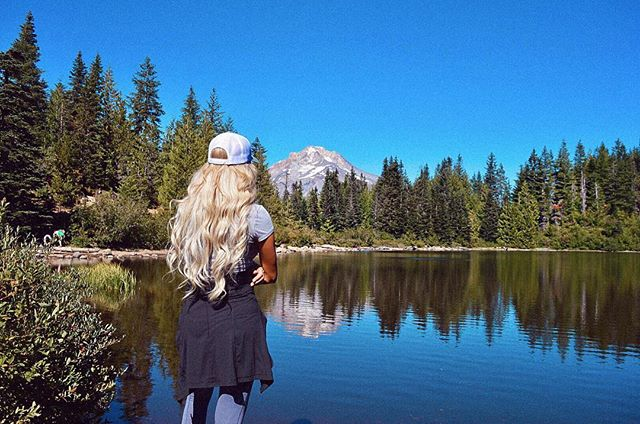 I only like hiking if there is a water feature along the way🏔🤷🏼♀️🏞 • • • #MtHood #MirrorLake #Oregon #PNW #Travel #Nature #VisitOregon #MtHoodNationalForest #PacificNorthwest #Hiking #Mountain #Scenic #Views #Volcano #Portland #PDX #Forest #MountainView #Explore #Adventure #Wanderlust #Cascadia #CascadeMountains