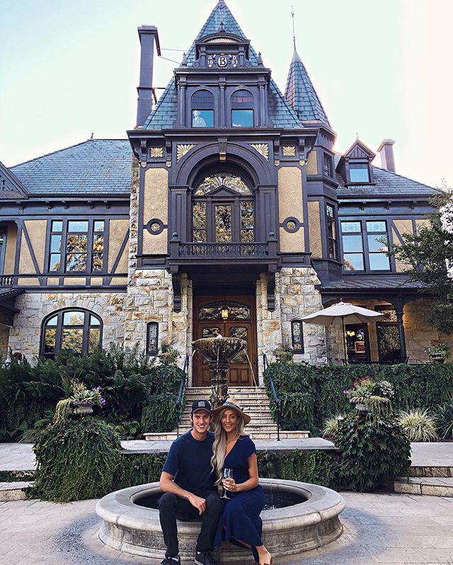 Napa fun with @mattybrabs & booze 🍷 • • • #Napa #NapaValley #California #CA #WineCountry #SF #NorCal #BeringerWinery #Vineyard #WineTasting #VisitCA #StHelena #Beringer #VisitNapaValley #Getaway #Tourists #Vino #Fall #Love #Wanderlust #Explore #Adventure #Travel