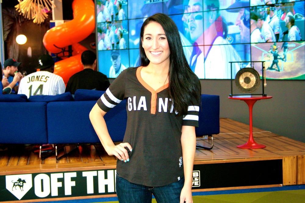 Angela Lauren, Fan Cave Insider