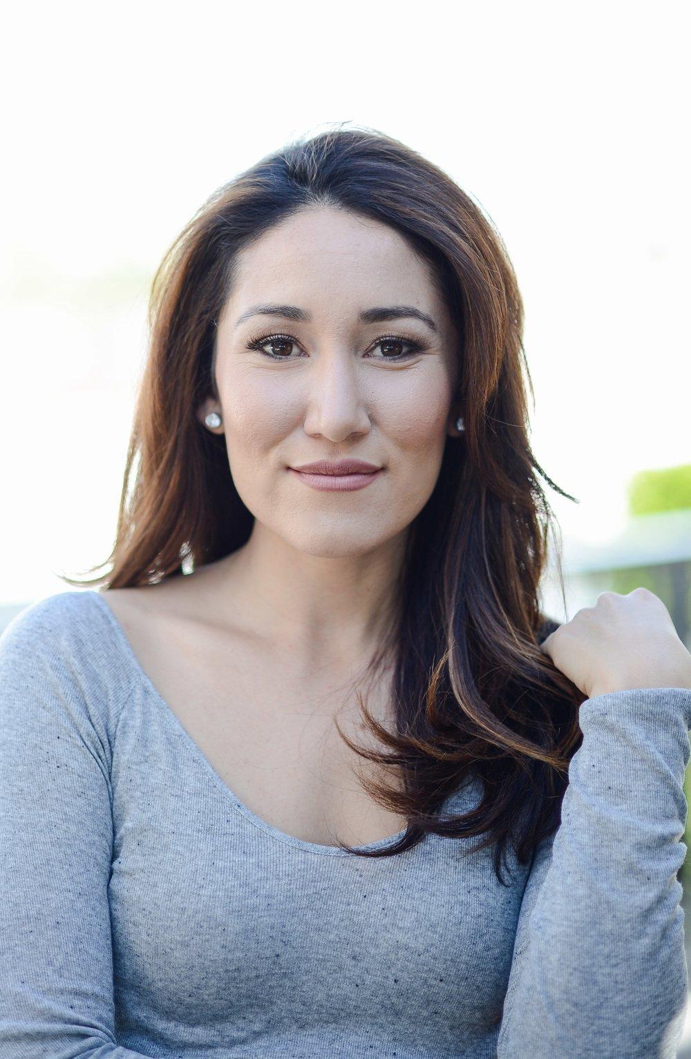 Angela Lauren