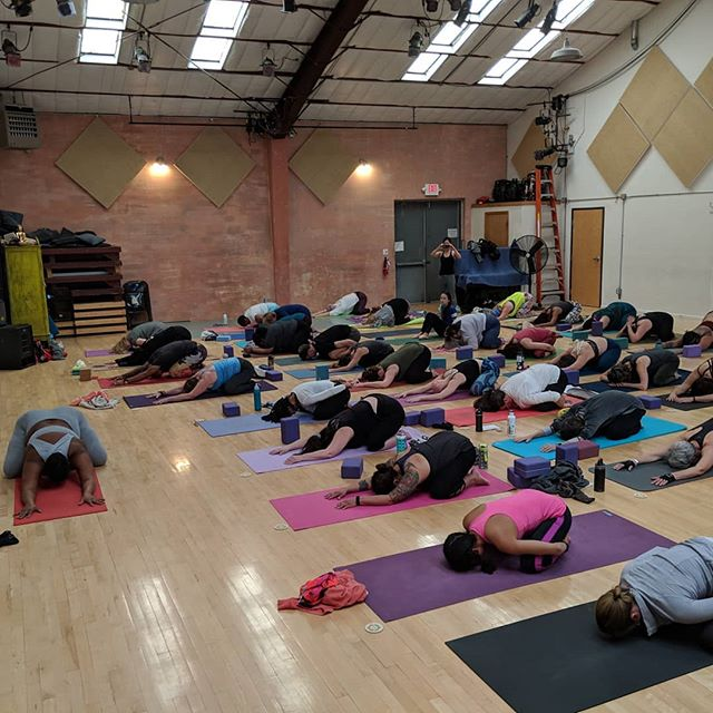 This past weekend we had the honor of hosting @mynameisjessamyn at the Railyard Performance Center in Santa Fe, and we are beyond grateful! Thank you to all who came and supported our beautiful studio. 🙏 We are so thankful to be a part of such a wonderful community 💛💙