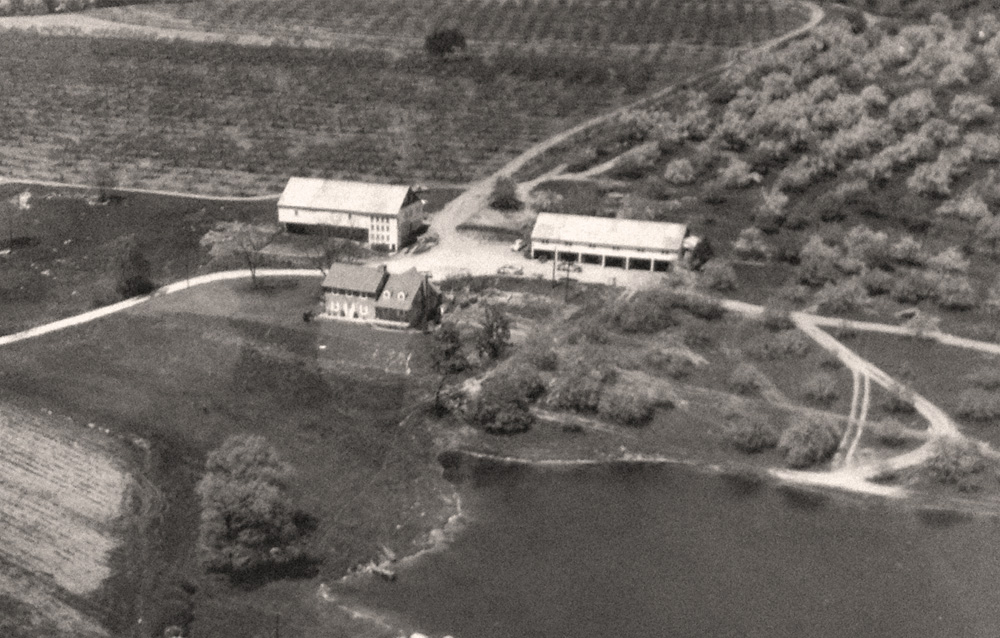 Original Bear Mountain Orchards Farm House in 1957