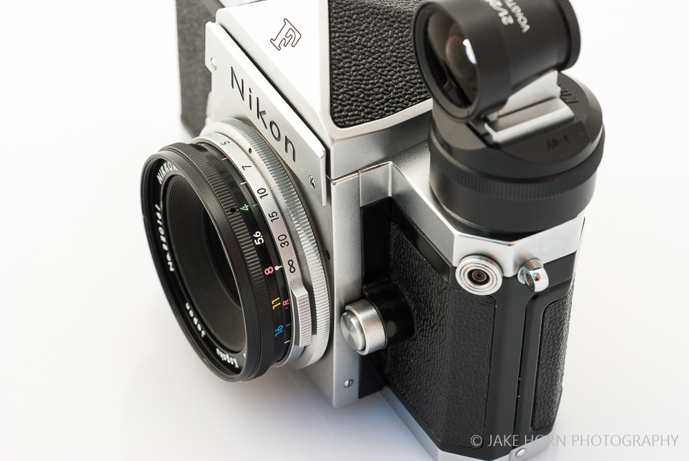 Mounted on the Nikon F with the Nikon AS-4 Shoe Adaptor