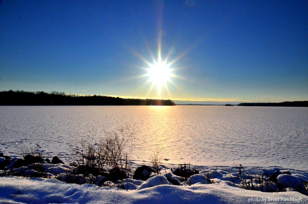 snowylakesun.jpg