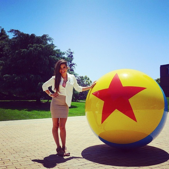 me @ Pixar campus, very very happy.