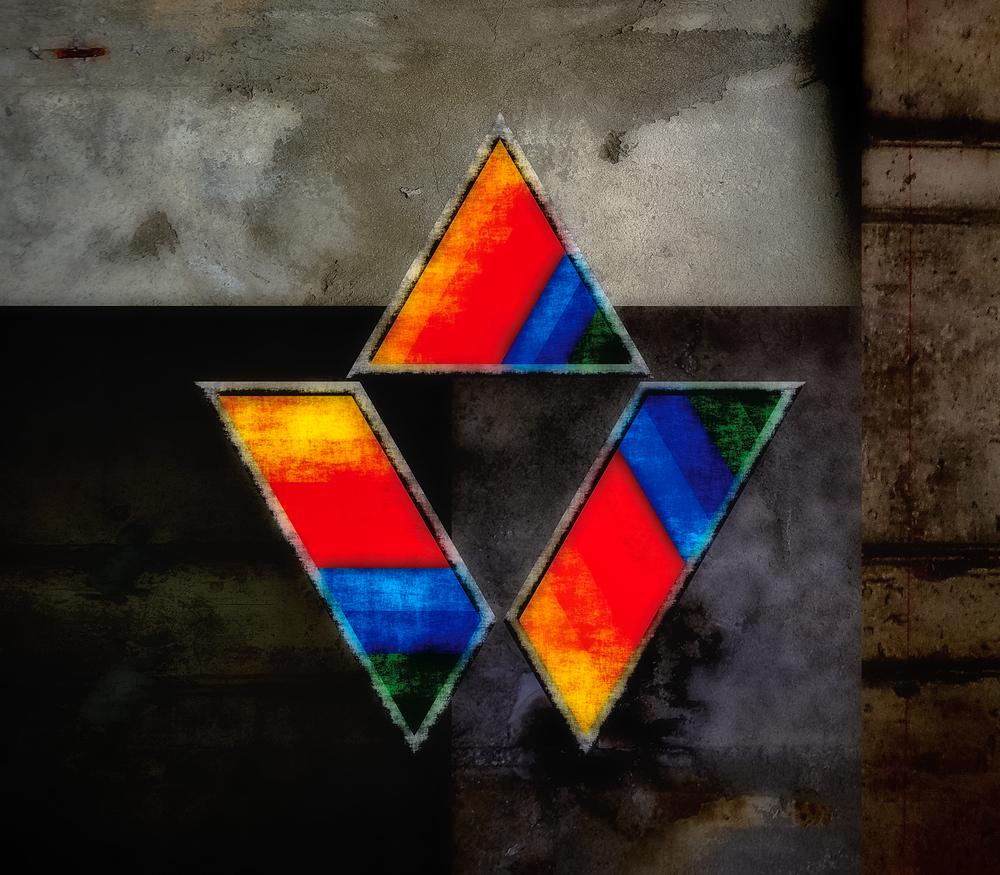 Jon E Gee Triangle Edit.jpg