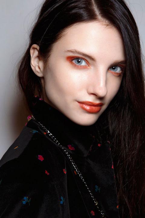 55025c9017b63_-_hbz-halloween-makeup-kristina-t-bbt-f14-015-46537874.jpg