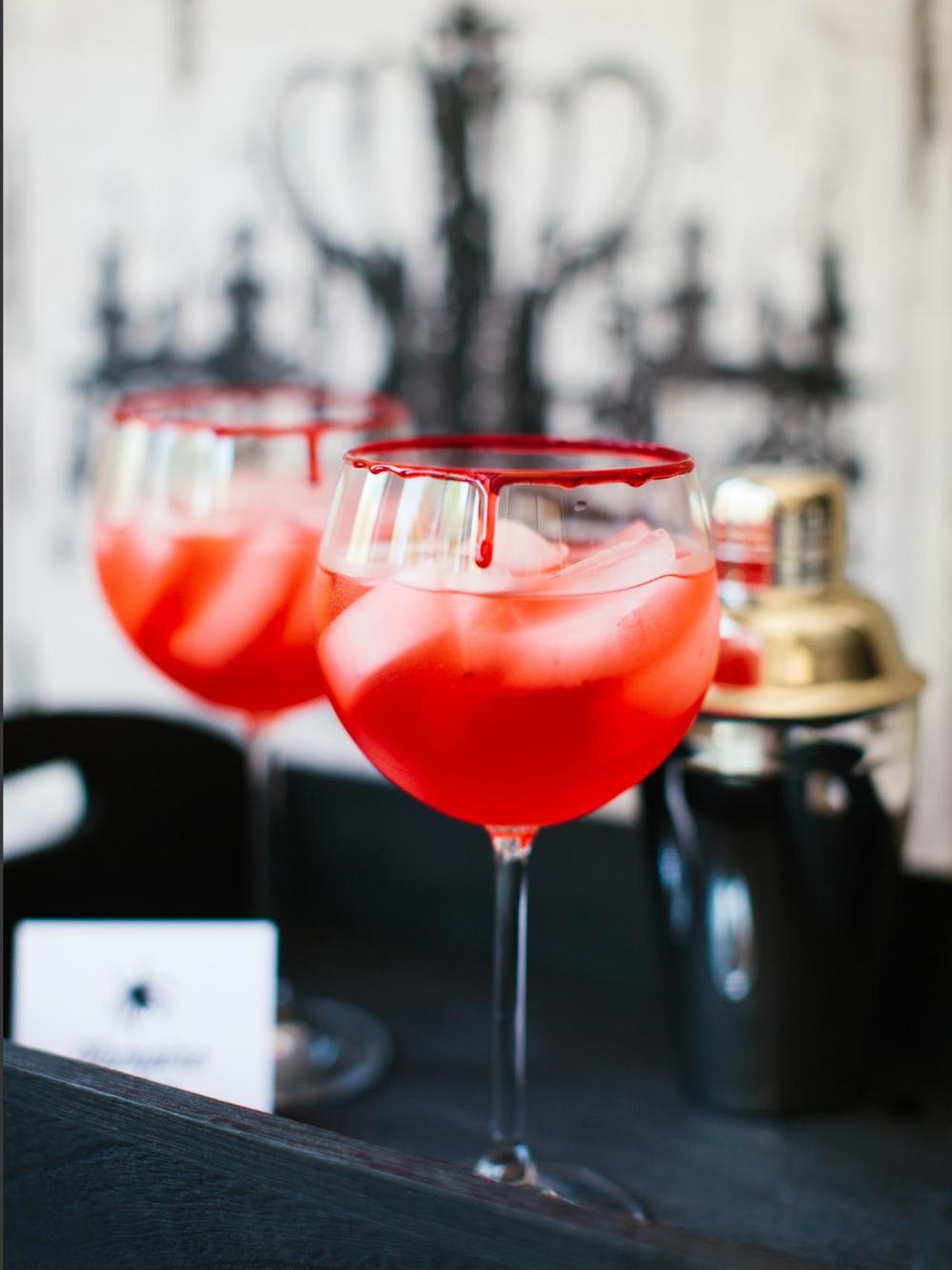 CI-Rennai-Hoefer_Halloween-cocktail-vampire-kiss_v.jpg.rend.hgtvcom.1280.1707.jpg