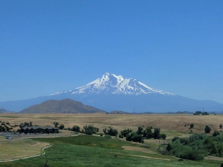 Mount Shasta.jpg