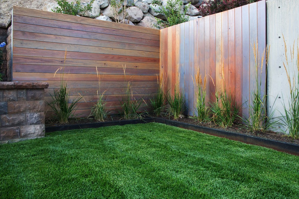 Utah retaining wall with timber facade by Platinum Landscape & Pools.