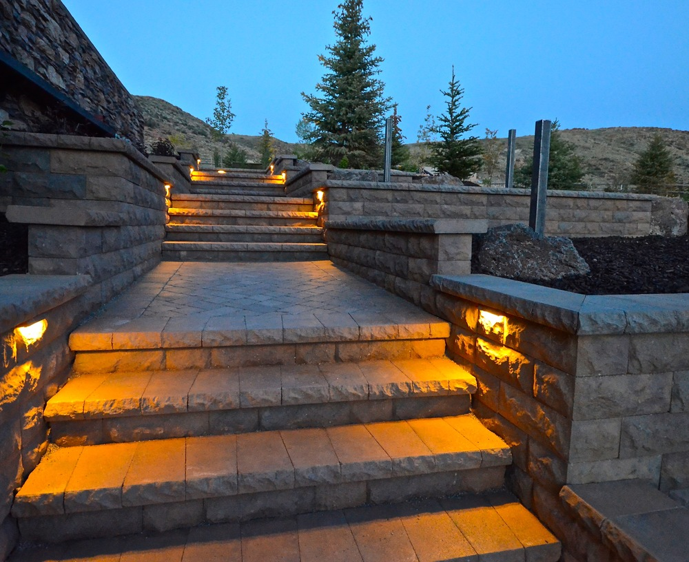 Belgard retaining walls and steps by Platinum Landscape & Pools.