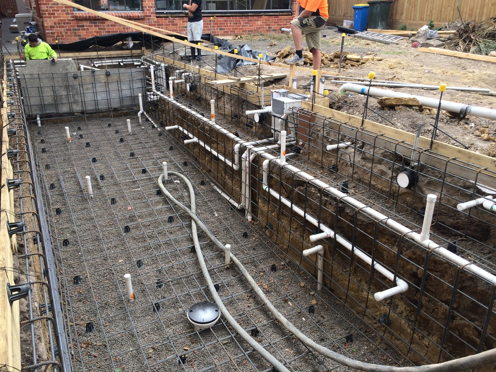 Project contractor checklist from platinum landscape pools for Concrete pool construction