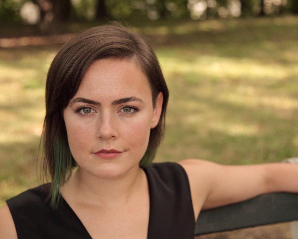 Madeline Healey Headshot.jpg