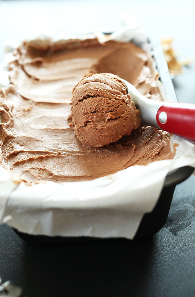 No-Churn Vegan Chocolate Ice -Cream -