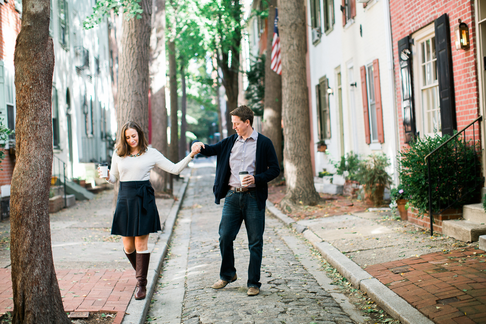 olde-city-philadelphia-engagement-photography-2.jpg