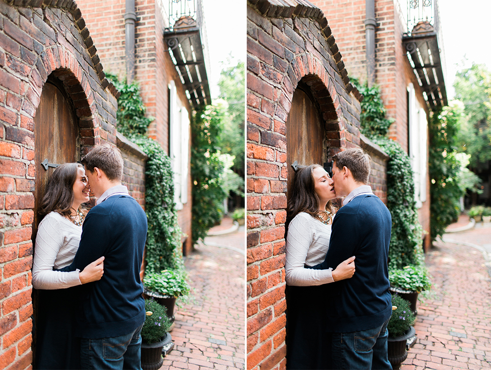 olde-city-philadelphia-engagement-photographer.jpg