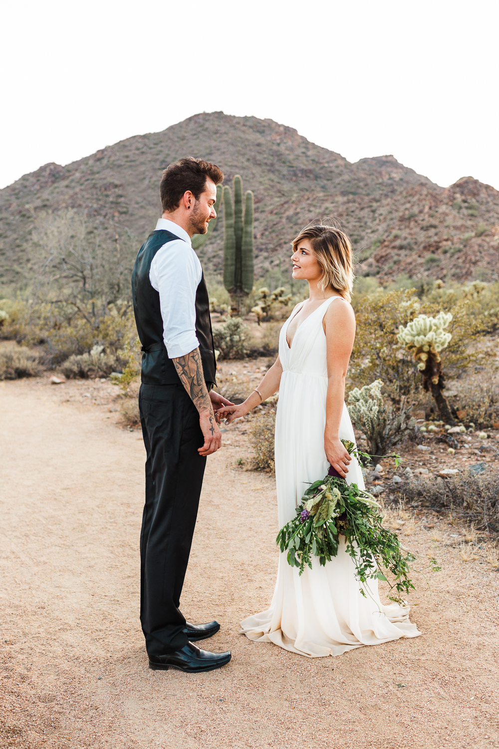 Arizona-Desert-Elopement-Emily-Kirke-Photography-2.jpg