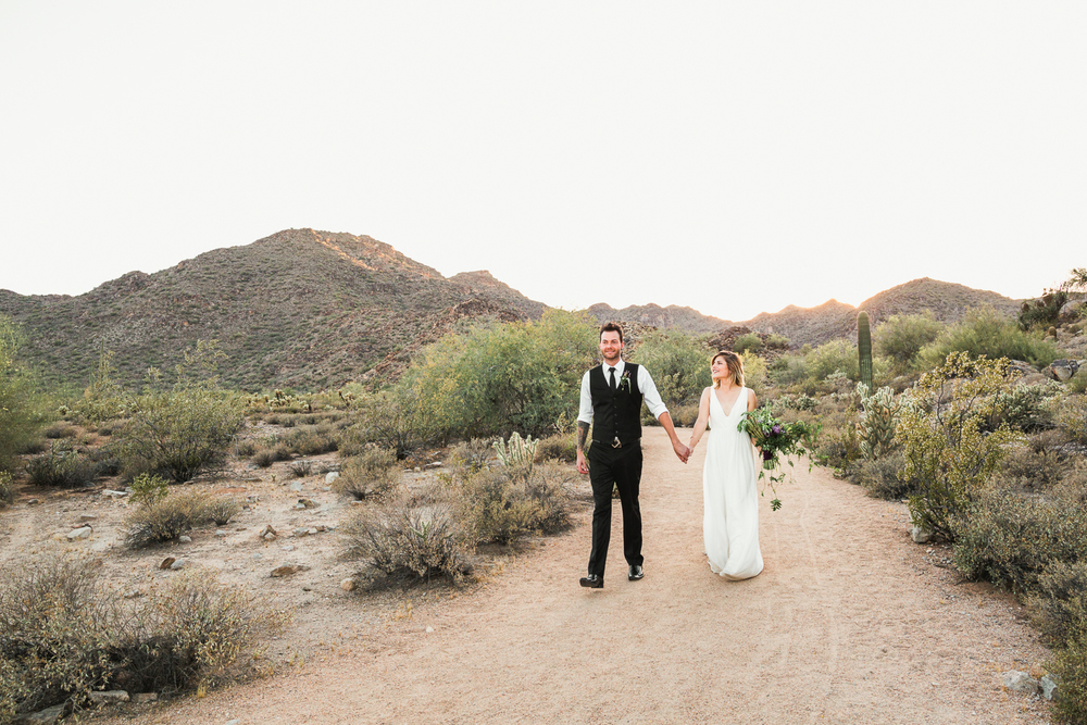 Arizona-Desert-Elopement-Emily-Kirke-Photography-17.jpg