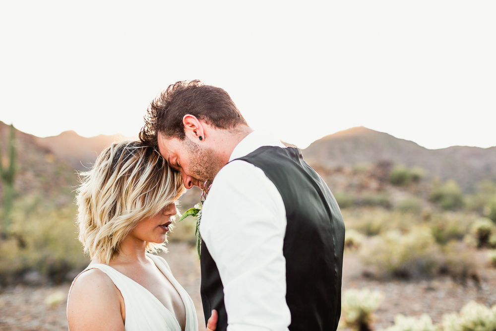 Arizona-Desert-Elopement-Emily-Kirke-Photography-35.jpg