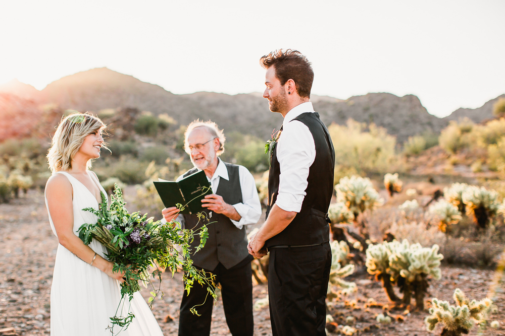 Arizona-Desert-Elopement-Emily-Kirke-Photography-38.jpg