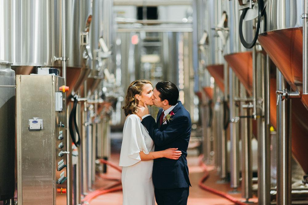 stony-creek-brewery-wedding-emily-kirke-photography (25 of 33).jpg