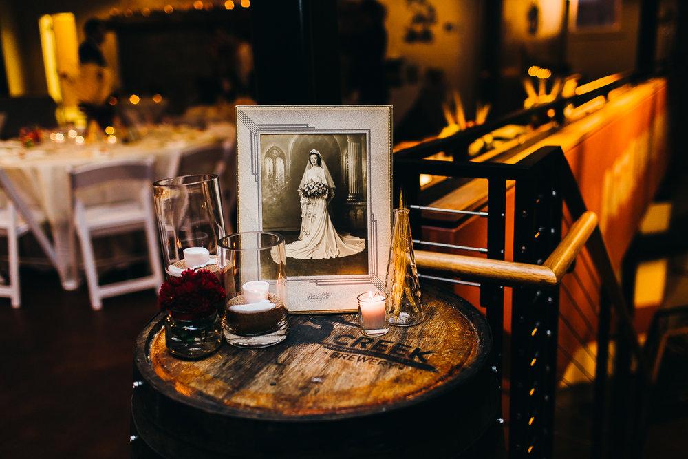 stony-creek-brewery-wedding-emily-kirke-photography (27 of 33).jpg