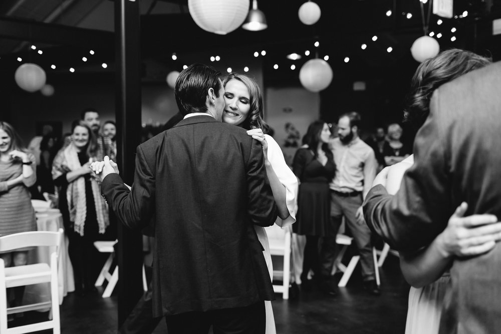 stony-creek-brewery-wedding-emily-kirke-photography (33 of 33).jpg