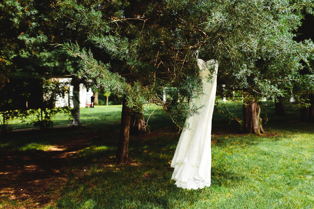 connecticut-burgundy-garden-mansion-wedding-emily-kirke (10 of 175).jpg